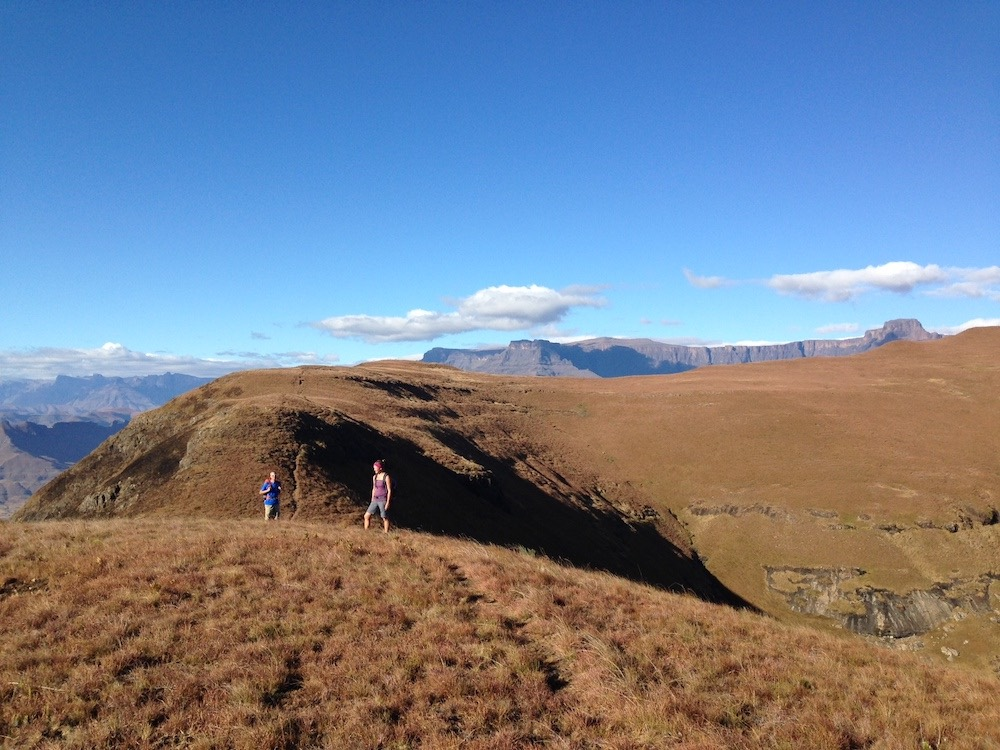 challenging hikes in drakensberg south africa