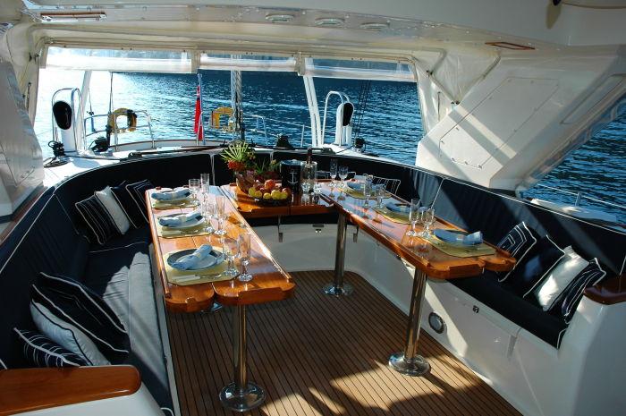 luxury diving liveaboards