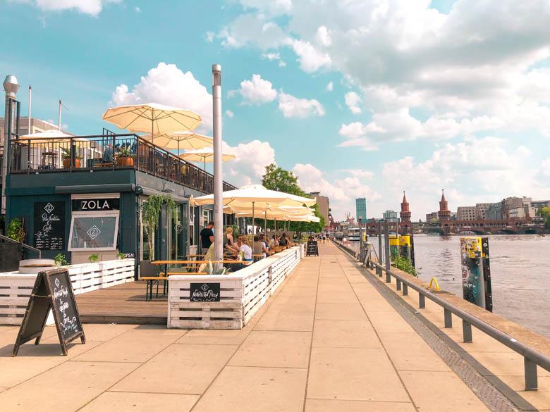 zola restaurant in berlin mitte is quiet during covid