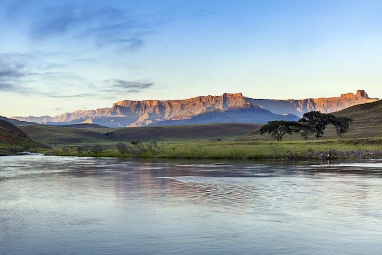 5 Best Drakensberg Day Hikes | Royal Natal National Park Hike