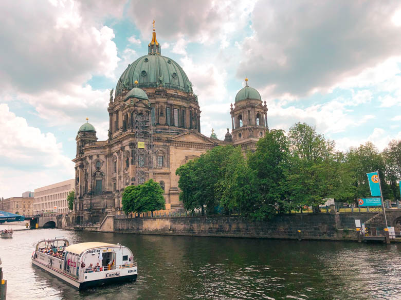 berlin boat tour on the spree river in front of the berlin cathedral during covid times