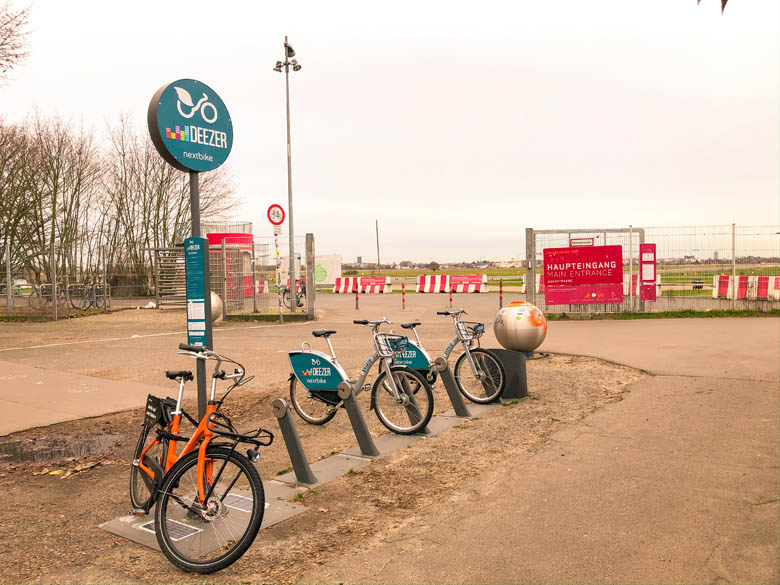 different bike share options in berlin in front of tempelhof field