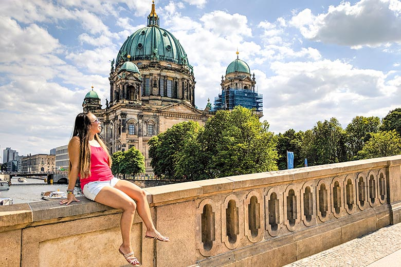 how to open a German bank account without anmeldung simplified by expats living abroad who is enjoying the Berlin city view
