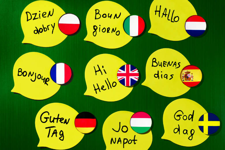 speech bubbles with different ways of saying hello in different languages