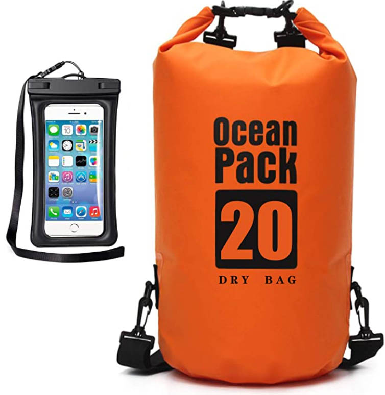 waterproof dry bag make great gifts for scuba divers and hikers