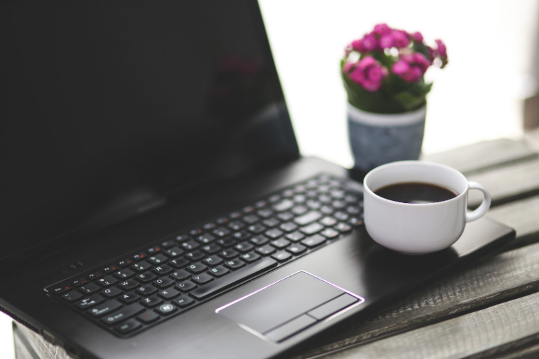 how to make extra money working from home on your laptop