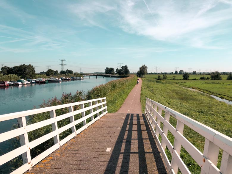 walking and cycling paths to see the kinderdijk windmills in holland